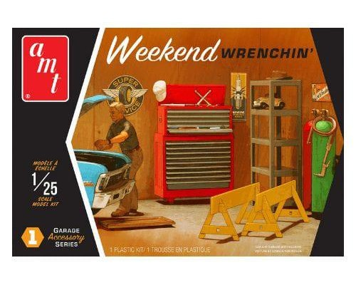 1:25 Scale Weekend Wrenchin Garage Accessories Kit #1