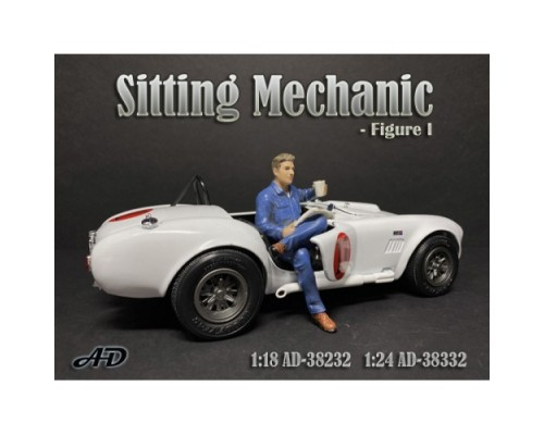 1:18 Scale Model Sitting Mechanic Figurine I