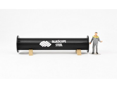 1:50 Scale Pipe Section with Pipe Cradles - Black