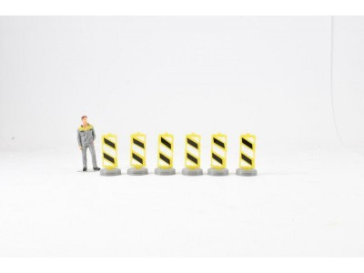1:50 Scale Lane Dividers Model  Pack Of 6 - Yellow and Black