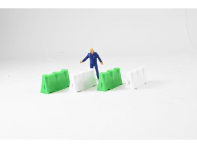 1:50 Scale Construction Safety Barriers - Green and White