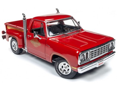 Auto World 1:18 Dodge 1978 Li'l Red Express Truck