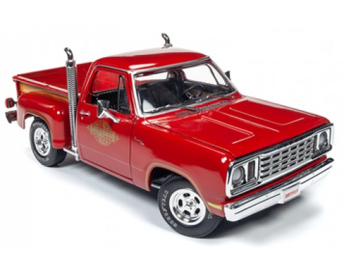 1:18 Scale Dodge 1978 Li'l Red Express Truck