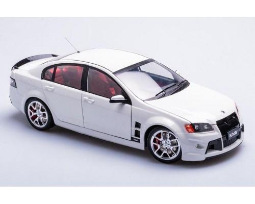 Biante 1:18 Holden HSV W427 Sedan - Heron White