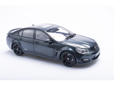 Biante 1:18 Holden VFII Commodore SS-V Redline - Son of a Gun