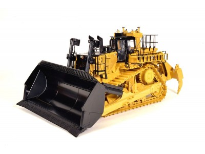 1:24 Scale Caterpillar D11 Carry Dozer with Multi-Shank Ripper