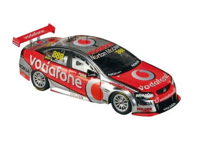 Classic Carlectables 1:18 Holden VE Series II Commodore - 2012 Craig Lowndes