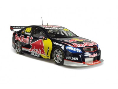Classic Carlectables 1:18 Holden VF Commodore - 2013 Craig Lowndes