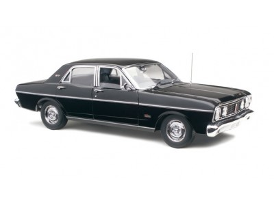 Classic Carlectables 1:18 Ford XT GT Falcon - Jet Black
