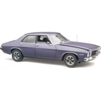 Classic Carlectables 1:18 Holden HQ SS 4 Door - Ultra Violet