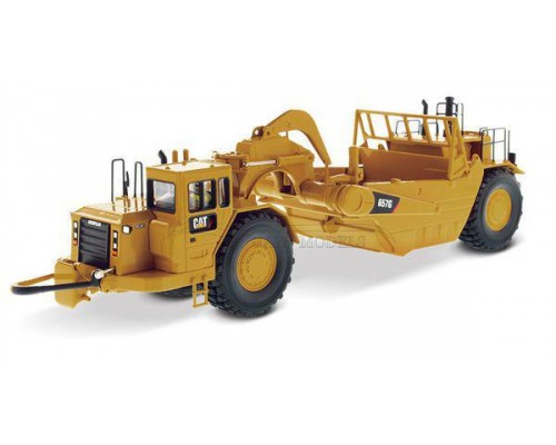 Diecast Masters 1:50 Caterpillar 657G Wheel Tractor Scraper
