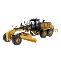 1:50 Scale Caterpillar 18M3 Motor Grader