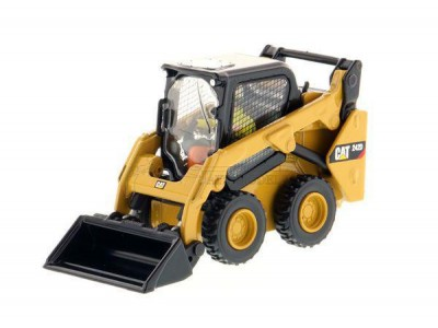 1:50 Scale Caterpillar 242D Compact Skid Steer Loader