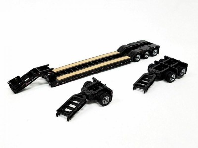 Diecast Masters 1:50 XL 120 Low Profile HDG Trailer with 2 Boosters
