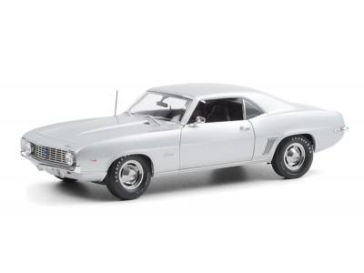 Highway 61 1:18 1969 Chev Camaro Coupe ZL1 Barrett Jackson