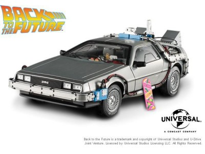 1:18 Scale Back to the Future Time Machine with Mr. Fusion