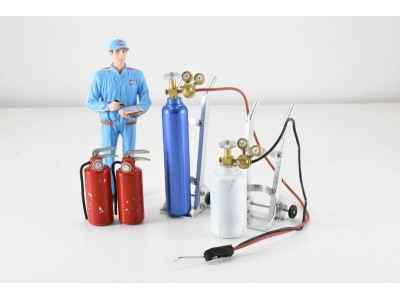 Jays Models 1:18 Oxy Acetylene Set, Trolleys and Fire Extinguishers